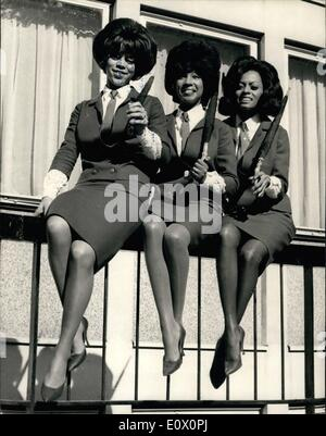 Oct. 10, 1964 - ''The Supremes'' Arrive In London On Their First Visit To Britain. ''The Supremes'', the American - Stock Photo