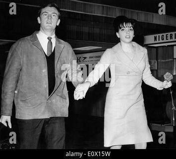 Liza Minnelli with husband Peter Allen - Stock Photo