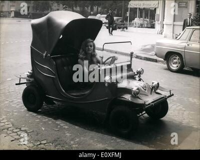 Sep. 09, 1966 - Mini car for coming actress Annie singaglaia is well on the way to fame, she first came into the - Stock Photo