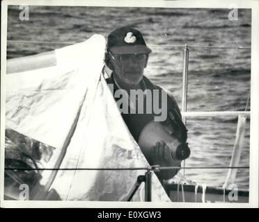Dec. 12, 1966 - LONE YACHTSMAN CHICHESTER IS RAMMED BY FISHING BOAT.: Francis Chichester, the lone yachtsman, was - Stock Photo