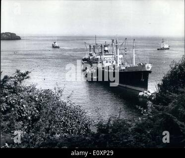 Jul. 07, 1967 - Sanded cargo ship ford in Guernsey. the Philippine cargo ship President Garcia which was aground - Stock Photo