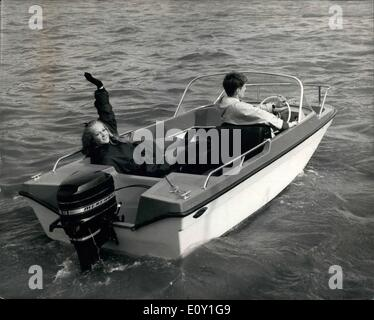 Mar. 03, 1968 - Unsinkable Boat Demonstrated. Demonstrations took place on the Thames in London of the Trifoil  - Stock Photo
