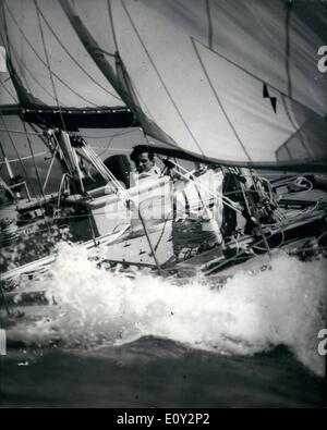 Jun. 06, 1968 - Briton wins the Single-handed Transatlantic yacht race: British yachtsman, Geoffrey Williams was - Stock Photo