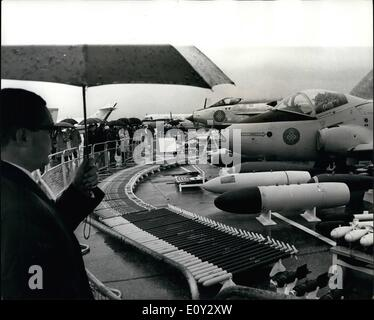 Sep. 09, 1968 - Flying Display For V.I..'s Farnborough: Today was V.I.P.'s day at the Farnborough Air Show were - Stock Photo