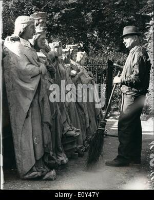 Oct. 10, 1968 - Statues from Houses of Parliament to be Sold.: Photo Shows Mr. John Lyons, a gardener at the Palace - Stock Photo