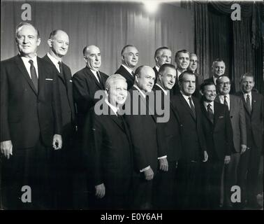 Dec. 12, 1968 - President-Elect Richard Nixon and his cabinet officer designees: Photo shows L-R Front row David - Stock Photo