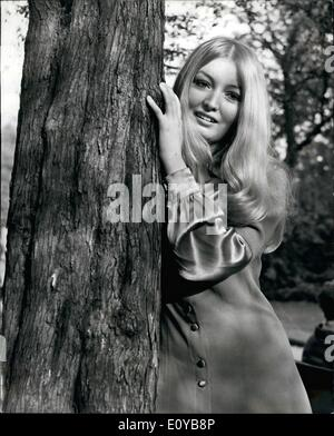 Oct. 10, 1969 - Mary Hopkin who will represent Britain in the Eurovision Song contest to appear in Cabaret: To popular - Stock Photo