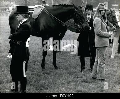 May 05, 1970 - Contrast At The Royal Windsor Horse Show: The Royal Windsor Horse Show opened yesterday at Home Park, - Stock Photo