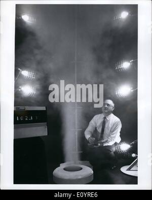 Apr. 04, 1971 - SMOG SMASHER. Plumes of warm, moist air - rising from this laboratory model of a proposed new cooling - Stock Photo