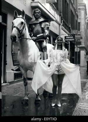 Jun. 06, 1971 - Seen off to Ascot by knight in shining armour; Pictured with a knight in shining armour today is - Stock Photo