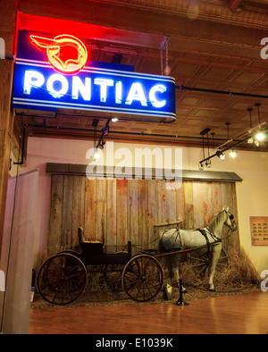 Exhibit at the Pontiac-Oakland Museum in Pontiac, Illinois, a town along Route 66 showing a horse and buggy - Stock Photo