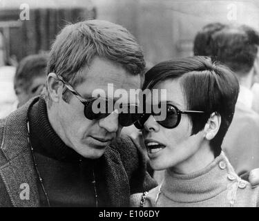Actor Steve McQueen with wife Neile Adams - Stock Photo
