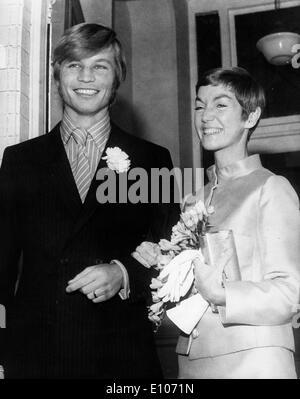 Actor Michael York marries Patricia McCallum - Stock Photo
