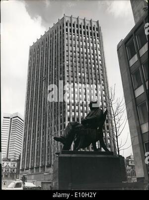 Nov. 11, 1972 - Queen Opens New London Stock Exchange Building: View of the new London Stock Exchange building in - Stock Photo
