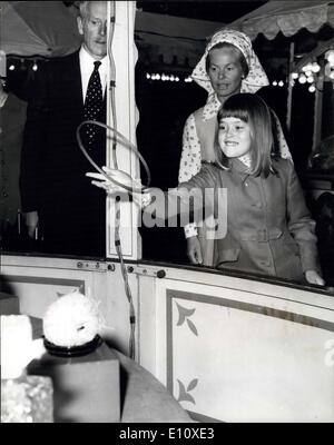 Jul. 31, 1974 - The Duchess Of Kent Takes Her Daughter To A Charity Fair In London's Belgrave Square: The Duchess - Stock Photo
