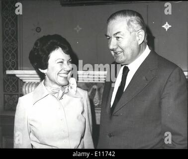 Mar. 03, 1976 - America's new woman Ambassador to Britain calls on the Foreign Secretary: MRS. ANNE ARMSTRONG, America's - Stock Photo