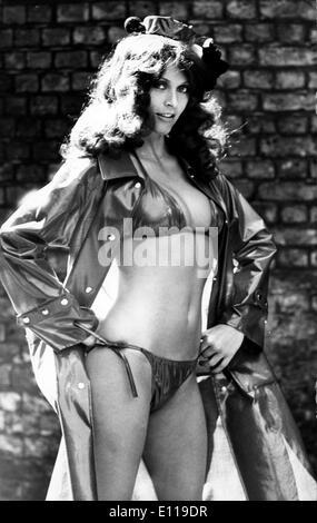 May 04, 1976; New York, NY, USA; Model ERICA CREER seen wearing a water-proof bikini by Alligator Rainwear Autumn - Stock Photo