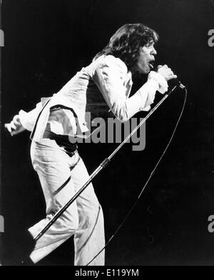 May 22, 1976; London, England, UK; Lead singer MICK JAGGER of the famous British rock group The Rolling Stones, - Stock Photo