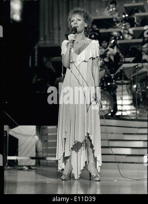 Apr. 08, 1977 - Petula Clark sings on the Empire's stage during the recording of the program ''Musique and Music,'' - Stock Photo