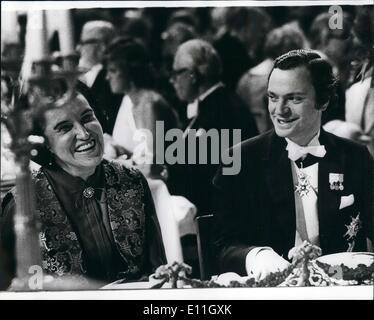 Dec. 12, 1977 - The Nobel Prize Banquet 1977. Photo Shows: King Carl Gustaf and Medicine Laureate Rosalyn Yalow - Stock Photo