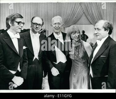 Dec. 12, 1977 - The Nobel prize distribution 1977 : Members of the Swedish government congratulating their their - Stock Photo