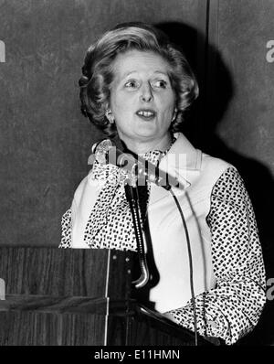 Margaret Thatcher speaking at conference - Stock Photo