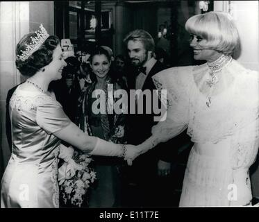 Nov. 11, 1979 - The Royal variety show at the Theatre Royal Drury lane Carol Channing meets the Queen. Photo shows - Stock Photo
