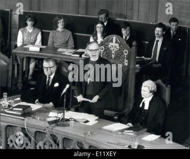 Feb. 02, 1981 - Archbishop of Canterbury makes statement of Iranian held Missionaries; Archbishop Runcie made a - Stock Photo