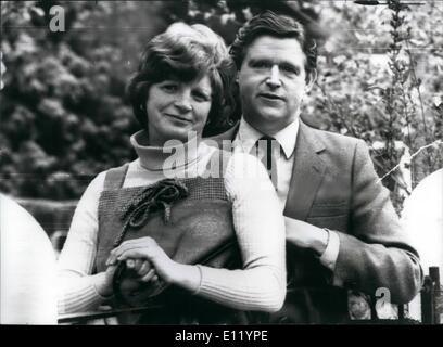 Apr. 04, 1981 - Tory M.P. receives I.R.A. letter bomb.: Mr. Barry Porter, Conservative MP fir Bebington and Ellesmere - Stock Photo