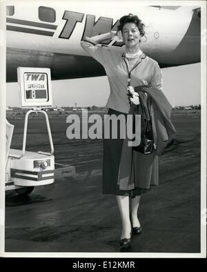 Feb. 24, 2012 - IDLEWILD AIRPORT, N.Y. AUGUST 3 --- STAGE AND SCREEN FAVORITE WENDY HILLER ENJOYS THE SUMMER BREEZES - Stock Photo