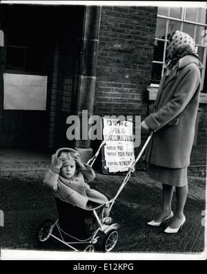 Feb. 24, 2012 - City of Fear ... Hull Queues For Sugar Lumps.. Hull is a city of fear and self-reproaching mothers, - Stock Photo
