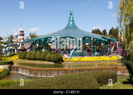 View of the Mad Hatter's Tea Cups ride, in Fantasyland at Disneyland Paris. - Stock Photo