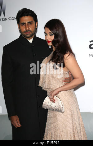 Cannes, France. 22nd May 2014. Indian film actor Abhishek Bachchan (l) and Indian actress and model Aishwarya Rai - Stock Photo