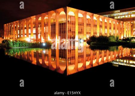Brazil, Brasilia: Itamaraty Palace by night - Stock Photo