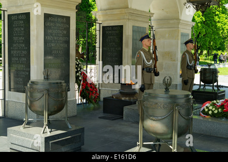 Honor guard held at the Tomb of the Unknown Soldier in Warsaw, Poland. - Stock Photo