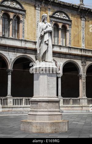 Dante Alighieri marble statue at Piazza dei Signori in Verona, Italy. - Stock Photo