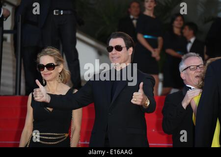 Cannes, France. 23rd May, 2014. US actor John Travolta and wife Kelly Preston attend the premiere of 'Sils Maria' - Stock Photo