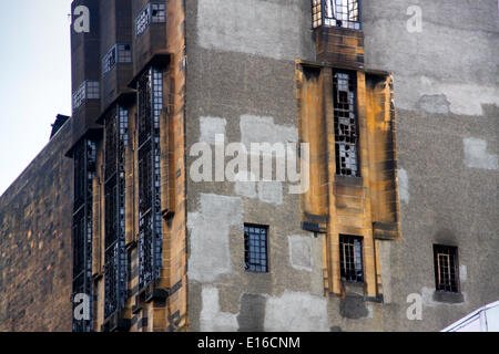 Glasgow, Scotland, UK. 24th May, 2014. Close up of damage to West wing Credit:  ALAN OLIVER/Alamy Live News - Stock Photo