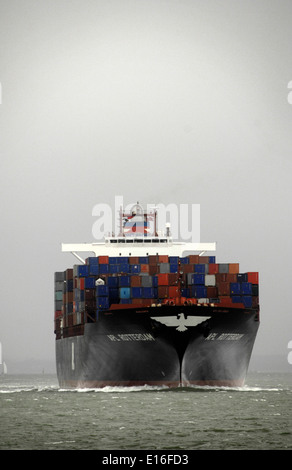 14th Sept, 2010 - SOLENT,ENGLAND. - CONTAINER SHIP APL ROTTERDAM OUTWARD BOUND FROM SOUTHAMPTON. Photo: Jonathan - Stock Photo