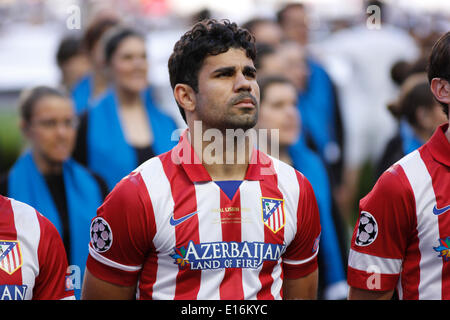Atlético de Madrid forward Diego Costa (19) during the team line up before the UEFA Champions League Final: Real - Stock Photo
