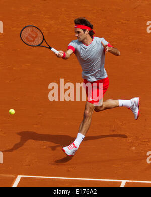 France, Paris. 25th May, 2014. Tennis, Roland Garros, Roger Federer ( SUI) in action in his match against Lukas - Stock Photo