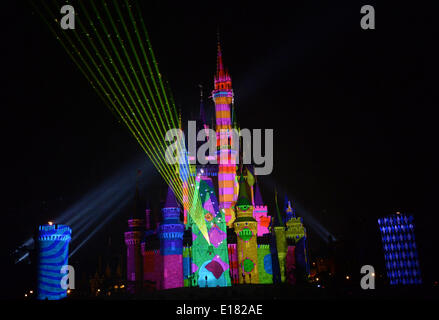 Tokyo, Japan. 26th May, 2014. Images of Disney characters are projected on the Cinderella castle at a press preview - Stock Photo