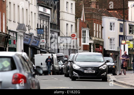 Traffic congestion in Lewes High Street. - Stock Photo