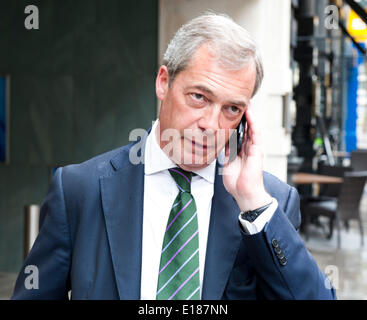 London, UK, 26th May, 2014. Nigel Farage outside Intercontinental Westminster Hotel Broadway Street London He went - Stock Photo