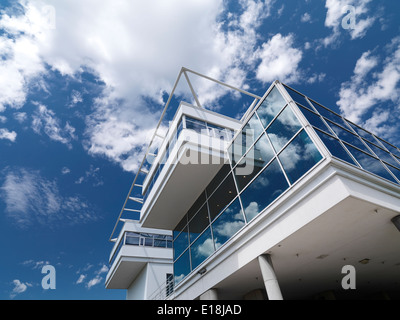 Ontario Association of Architects building detail under blue sky in Toronto, Ontario, Canada. - Stock Photo