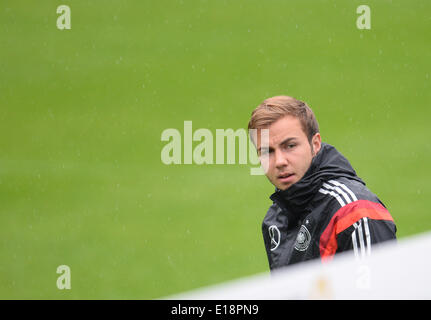 Passeier, Italy. 27th May, 2014. Mario Goetze arrives for a training ground at St. Leonhard in Passeier, Italy, - Stock Photo