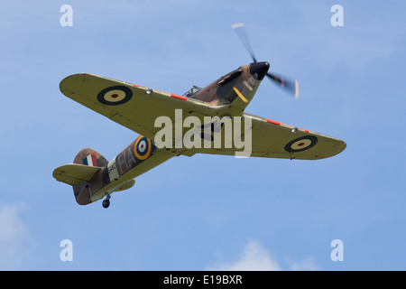 Hawker Hurricane climbing at Duxford airshow - Stock Photo