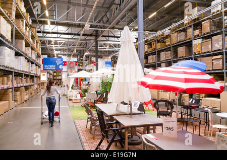 warehouse area at the ikea store in red hook brooklyn new. Black Bedroom Furniture Sets. Home Design Ideas