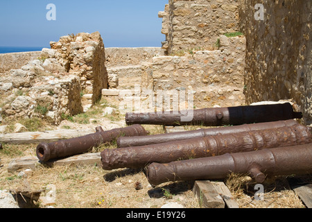 Cannons outside the Councillors' Residence in fortetza, Rethymnon, Crete. - Stock Photo