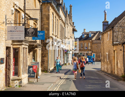 Shopping in the centre of Stow on the Wold, Cotswolds, Gloucesterstershire, England, UK, EU, Europe - Stock Photo